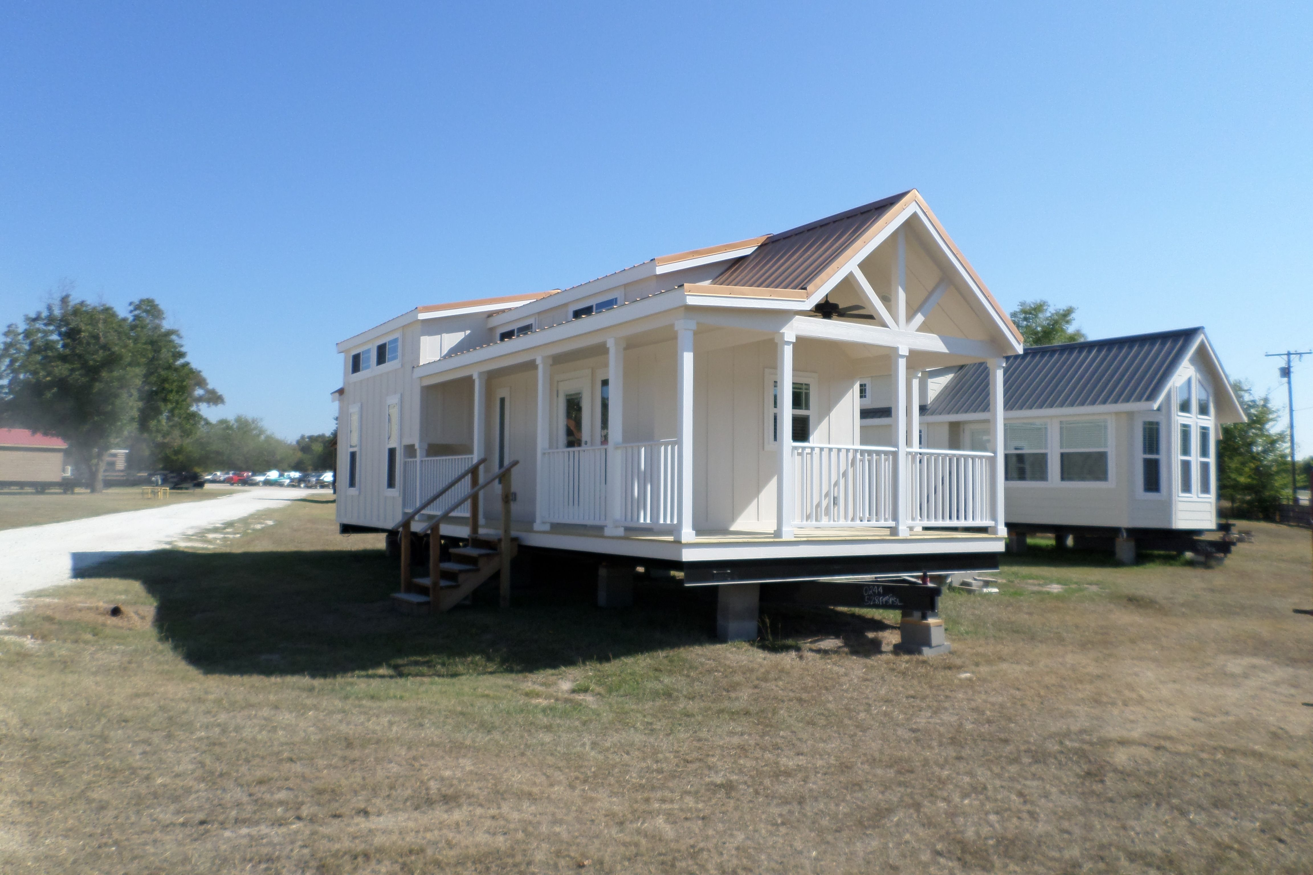Meadow View with loft 013 Small house, Modular cabins