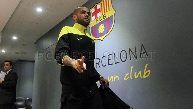 First team arrive to the Camp Nou ahead AC Milan clash