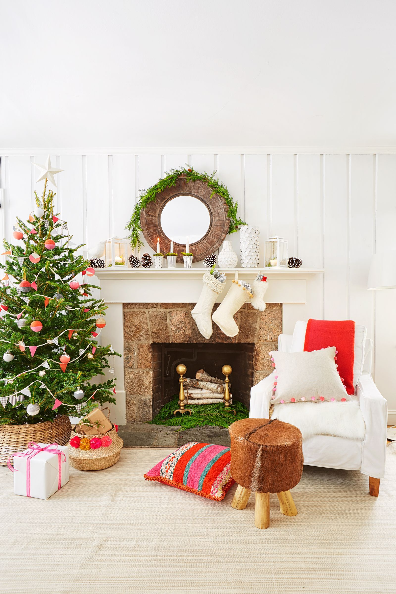 25 Sophisticated Holiday Garlands You Can Totally Make