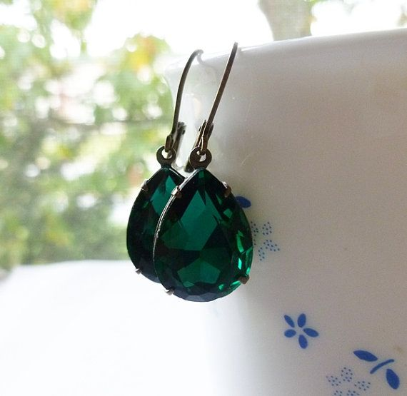 Cyber Monday Sale  Emerald Green Earrings  Free Shipping by Aqsa, $20.00