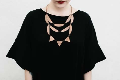 Necklace MOIMOI. Dress Sanna Hopiavuori.   #weecos #jewellery #wooden #moimoiaccessories  www.weecos.com