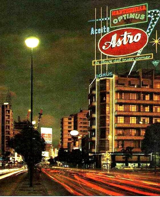 ¡Caracas de noche en los años 60! Venezuela
