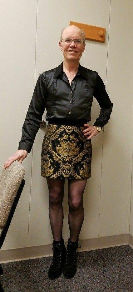 Nylon heel männer in damenkleidung