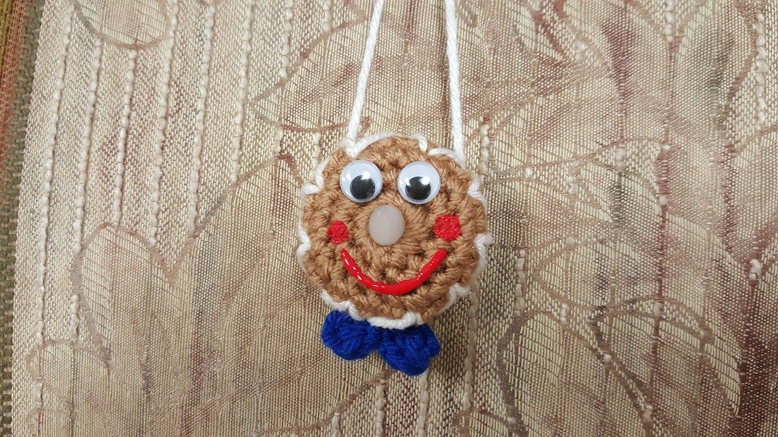 And my Gingerbread Man is calorie free! First a couple of announcements.I want to remind everyone TODAY IS THE LAST DAY of my weekend sale!! Go to Fromm Me To You on Ravelry for 50% off all patte…