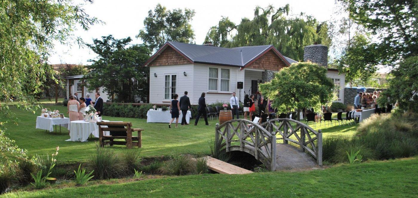 The Cairns Wedding Venue Lake Tekapo South Island Nz For More Ideas Visit