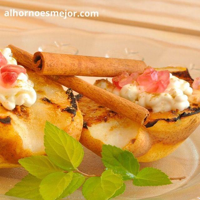 Exquisita Receta de Peras Al Horno! Aprende cómo preparar esta y otras recetas en: http://alhornoesmejor.com comparte y comenta🍴😉