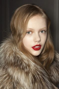 fur  red lips in 2019  hair beautycat hair makeup