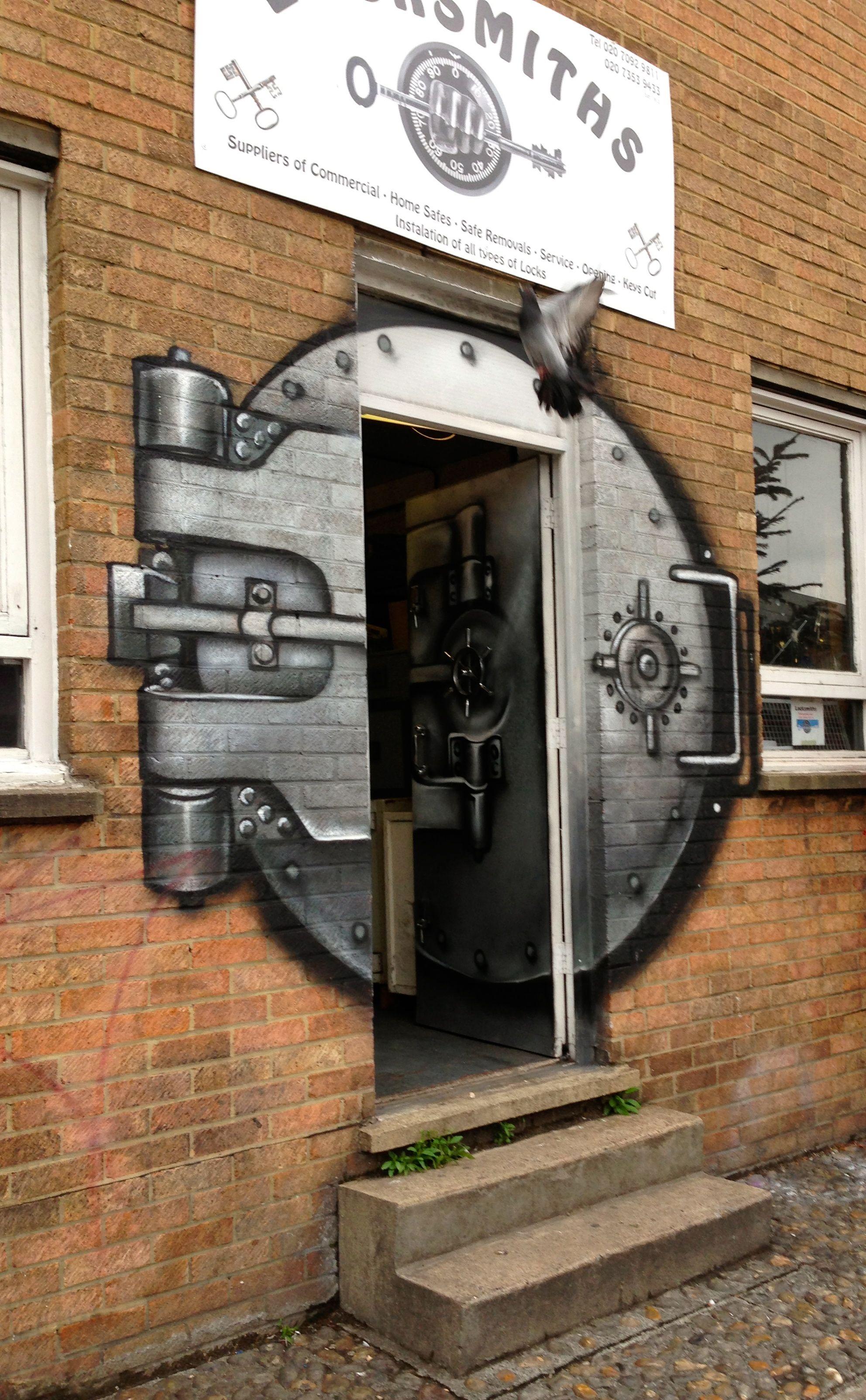 Locksmith storefront mural in in Shoreditch, London | Street art, Mural, Store decor