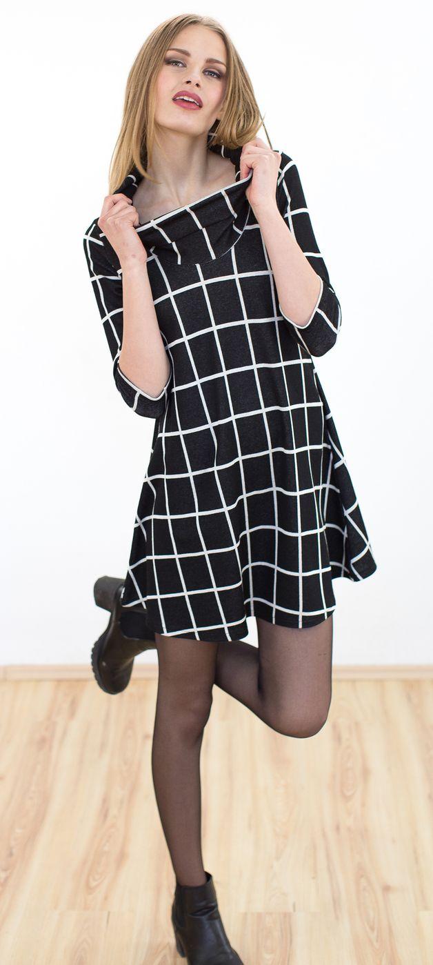Elegantes Kleid aus schwarz weiß kariertem Jaquard Viskose ...