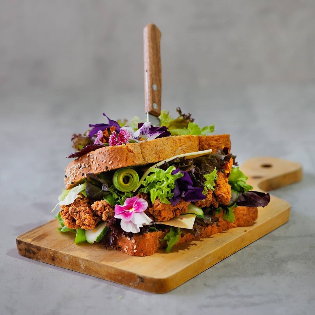 This is probably the fanciest #sandwich I've ever made 😆👌 feeling so #summer entering my birthday month #june with joy and gratitude ❤  #goodmorning people! Now let's finish this #extravaganza #breakfast! 😋 . . . . . . . . . . . . . . . #homecooking #homecafe #homemade #homephotoshoot #healthy #veggies #food #foodphotography #amateurphotography #onourcreativetable #creativeonmytable #storyofmytable #creativeonmyplate #storyofmyplate