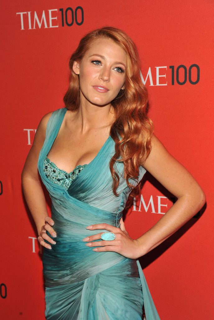 The Vogue, stylish and Sex Blake Lively ...  Plushy wet lips...   She starred as Jenny in Simon Says (2006)