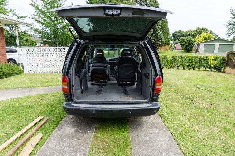 Chrysler Grand Voyager Dodge Grand Caravan Minivan Camper