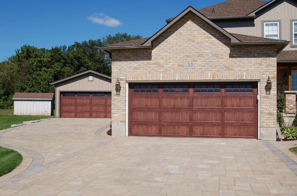 C H I Overhead Doors Accents Woodtones Garage Doors