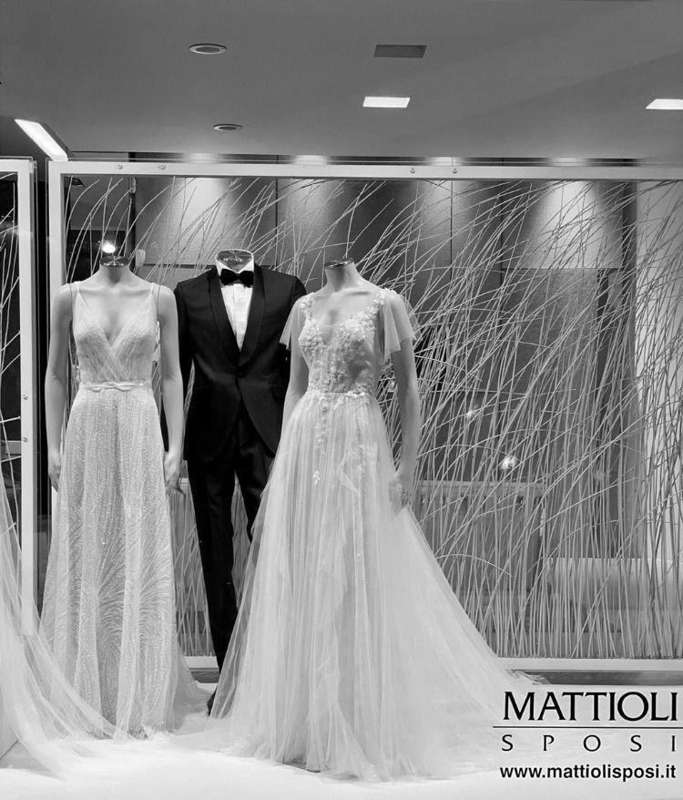 Mattioli Sposi Fano Nel 2020 Spose Abiti Da Sposa Moda Italiana