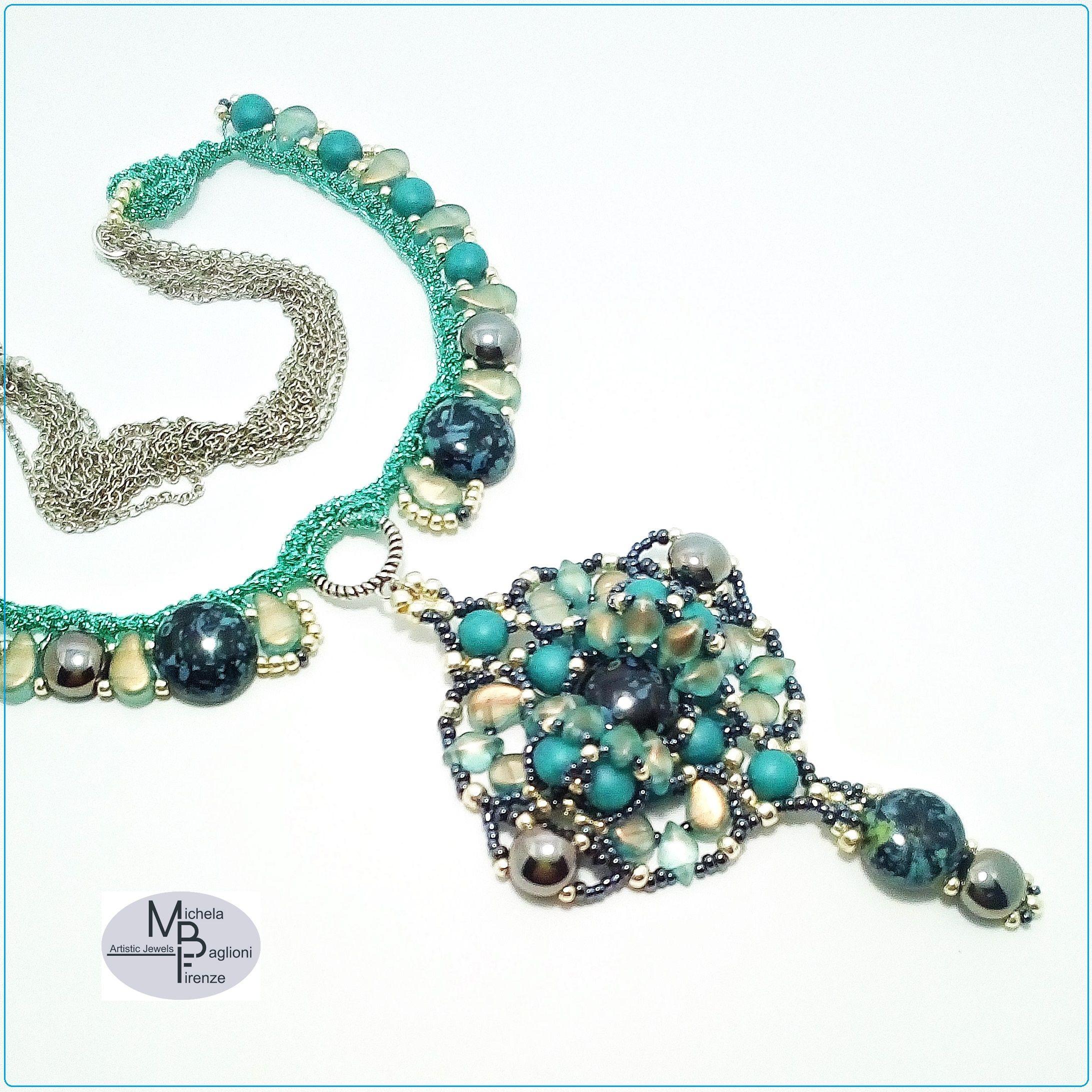 sezione speciale vasta selezione di prezzo più basso Girocollo realizzato a #crochet con #filato per #gioielli ...