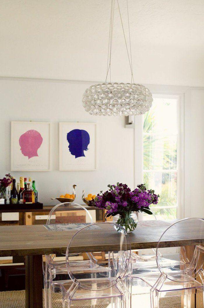 Jolie Table En Bois Avec Chaise Design Transparente Chaises Plexiglass