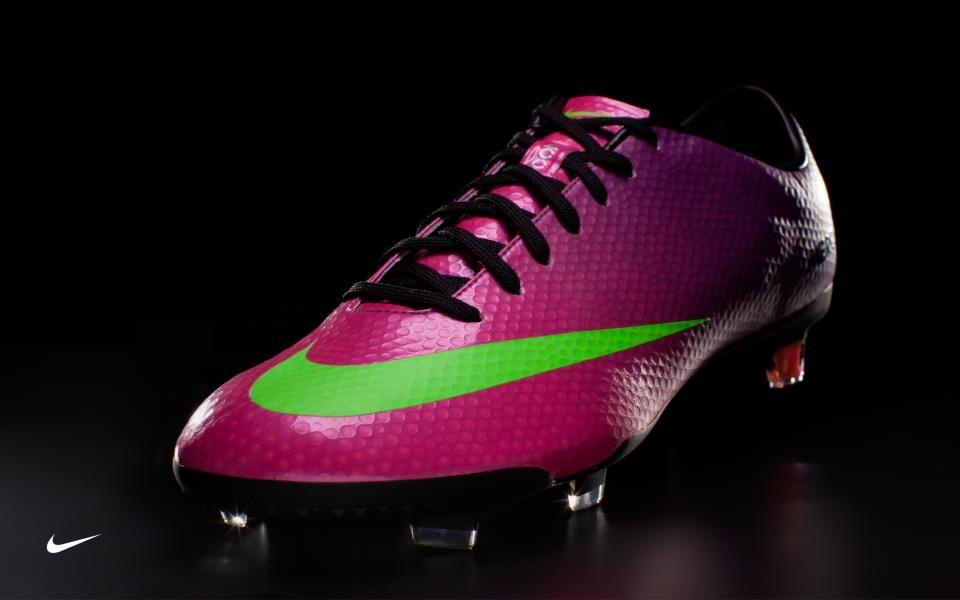 valores garra Trascendencia  mercurial morados 2013 | Soccer shoes, Nike shoes outlet, Running shoes nike