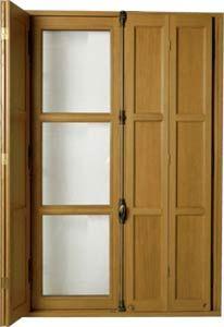 Tradilou Volet intérieur | Volets intérieurs, Fenetre en bois, Fenêtres rustiques