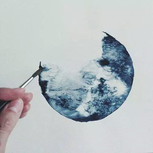 Resultado de imagem para watercolor gibbous moon