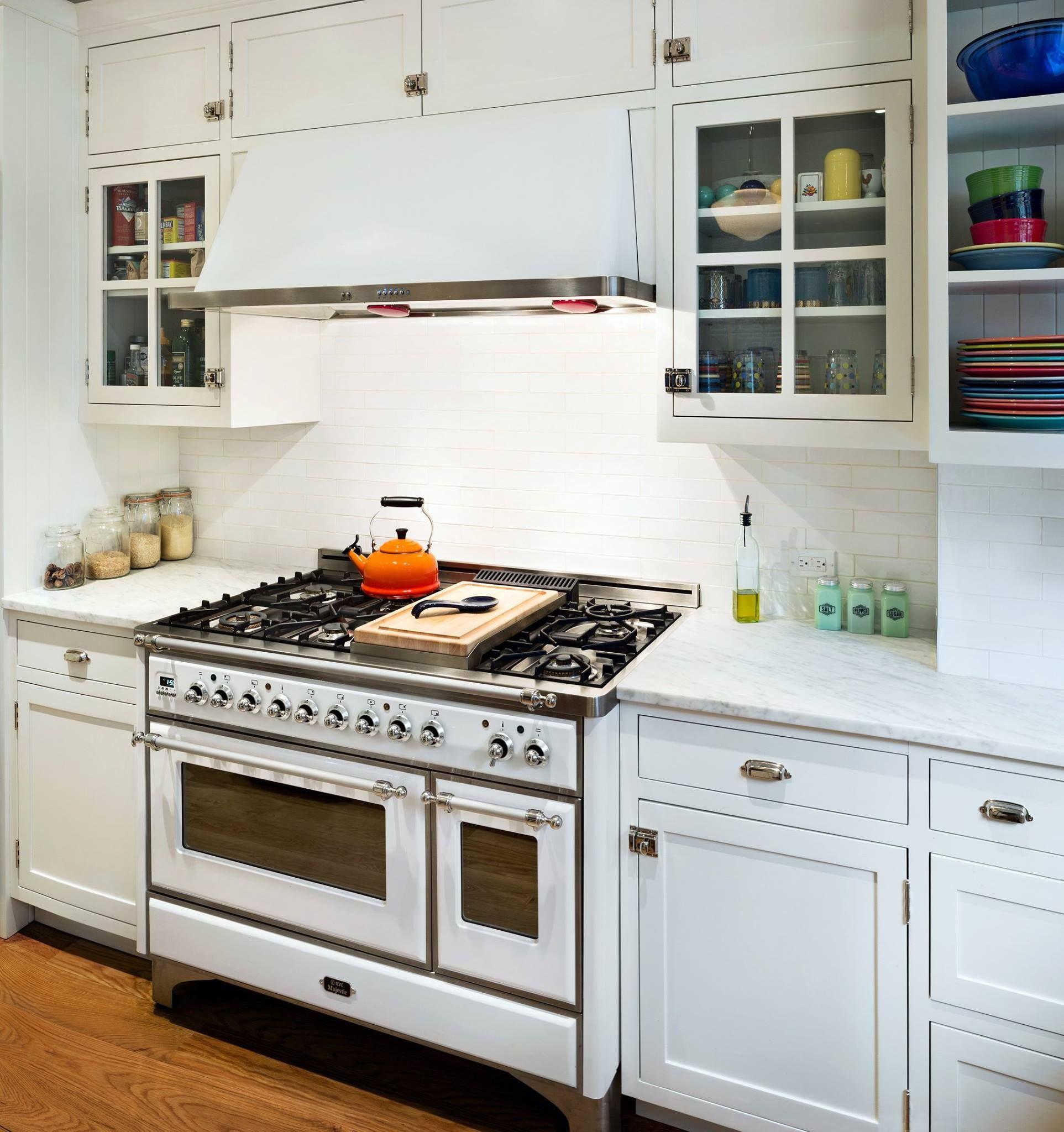 Johann Grobler Architects Designed Our Kitchenoftheweek The Brooklyn Victorian Features The Ilve 40 M Kitchen Design Kitchen New York Shabby Chic Kitchen