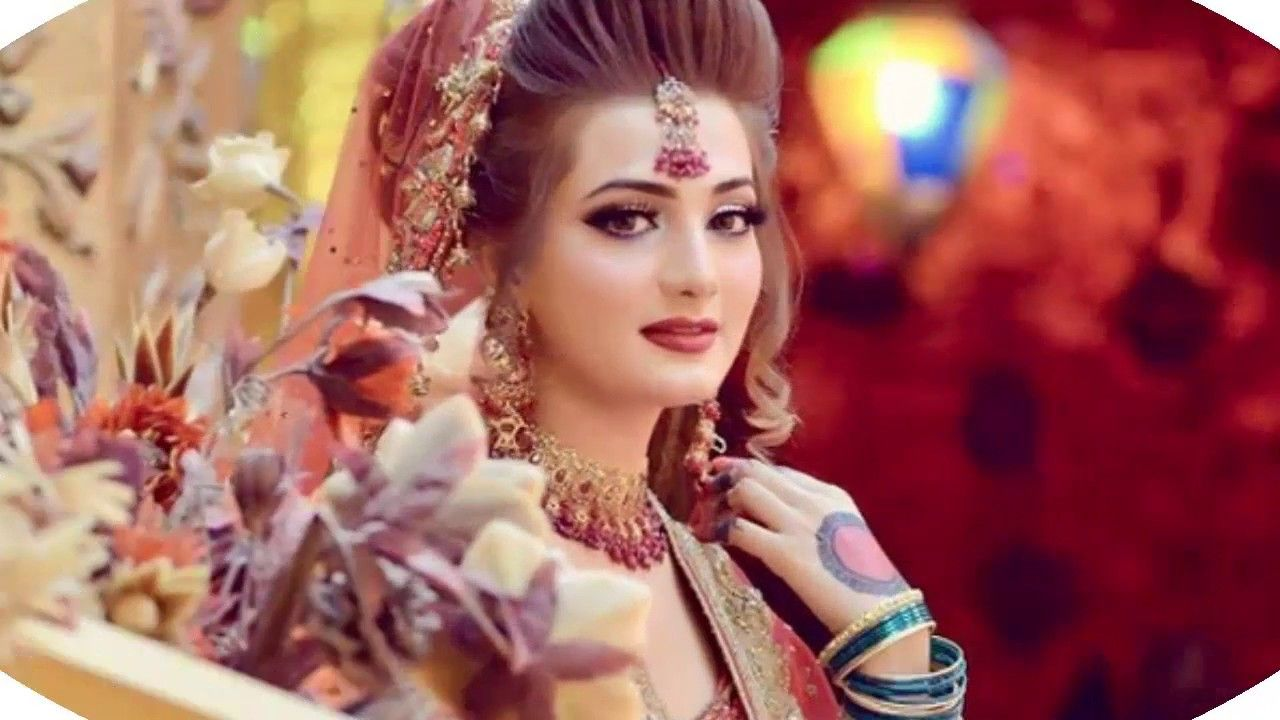 Mehndi Makeup And Hairstyle : Bridal mehndi design double shaded fashion trends