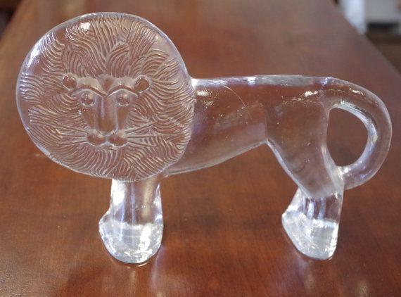 Vintage Mid Century Kosta Boda Glass Lion Figurine von RambleMarket