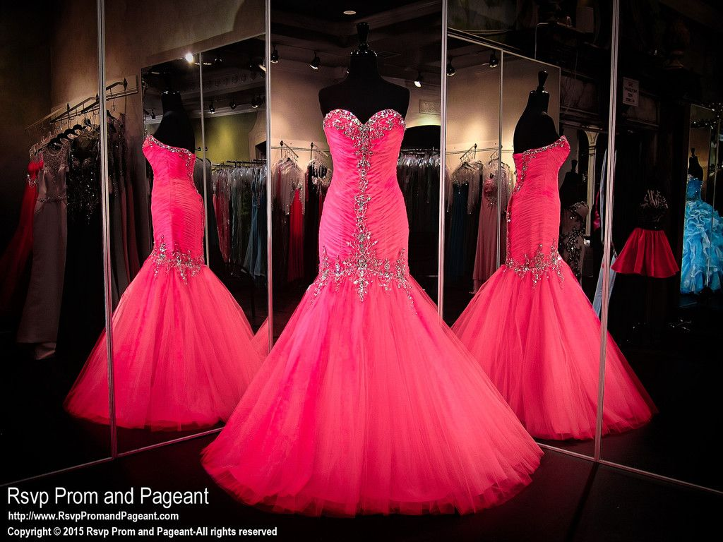 1000  images about PINK Dresses on Pinterest  Short homecoming ...