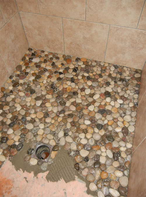 Instead Of Using Tile In Her Bathroom She Decided To Use Pebbles