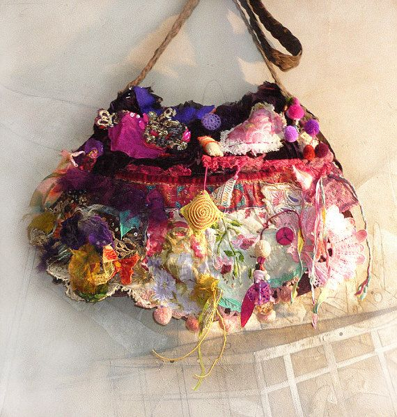 Beautiful Unique  Handbag Embroidered Boho Tribal Hippi Mexico Ethnic FRIDA WILDE GIPSY  Vintage,   Paulina 722