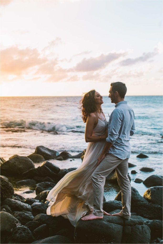 A Hike In Adventure Elopement On The Kalalau Trail In Kauai Hawaii On The Na Pali Coast And Ke E B Beach Wedding Photos Beach Wedding Photography Elope Wedding