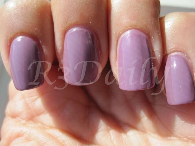Color Club Uptown Girl on index and ring finger and American Apparel Dynasty on middle and pinky finger