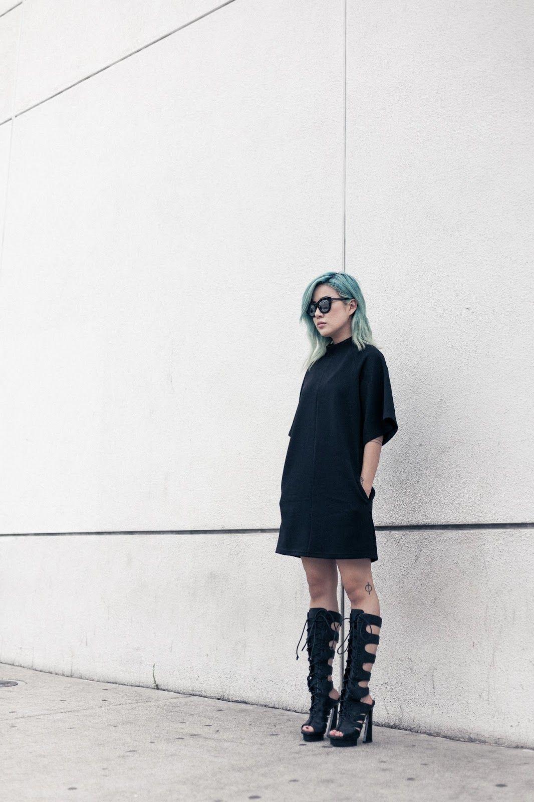 http://us.fashionbunker.com/the-siren-dress-black?color=black&UniqueId=n-7bmjfy5x6--1408492578&cf_referrer=http%3a%2f%2frstyle.me%2fn%2f7bmjfy5x6?color=black&UniqueId=n-7bmjfy5x6--1408492578&cf_referrer=http%3a%2f%2frstyle.me%2fn%2f7bmjfy5x6