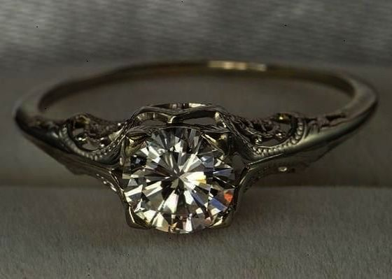 Vintage Engagement Ring On Hand Antique Engagement Rings Ottawa
