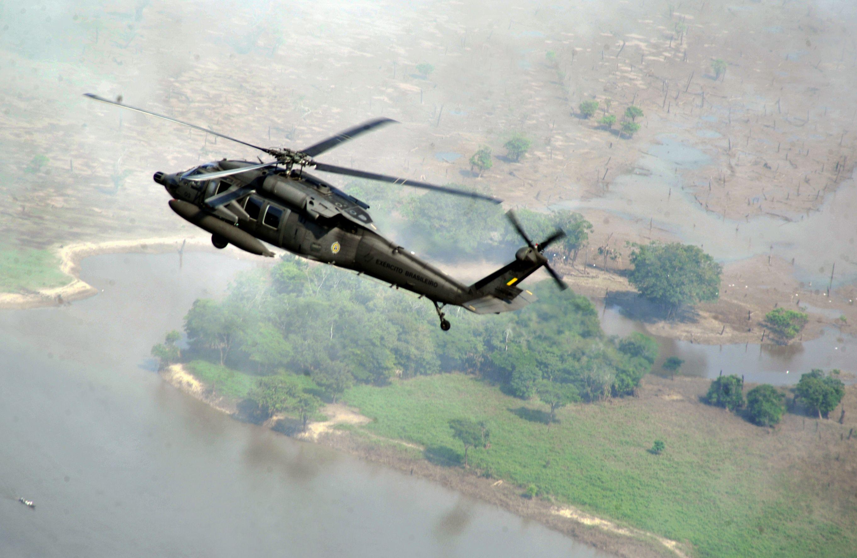 0d803600bf7 Sikorsky UH-60 Black Hawk - Wikipedia, the free encyclopedia ...