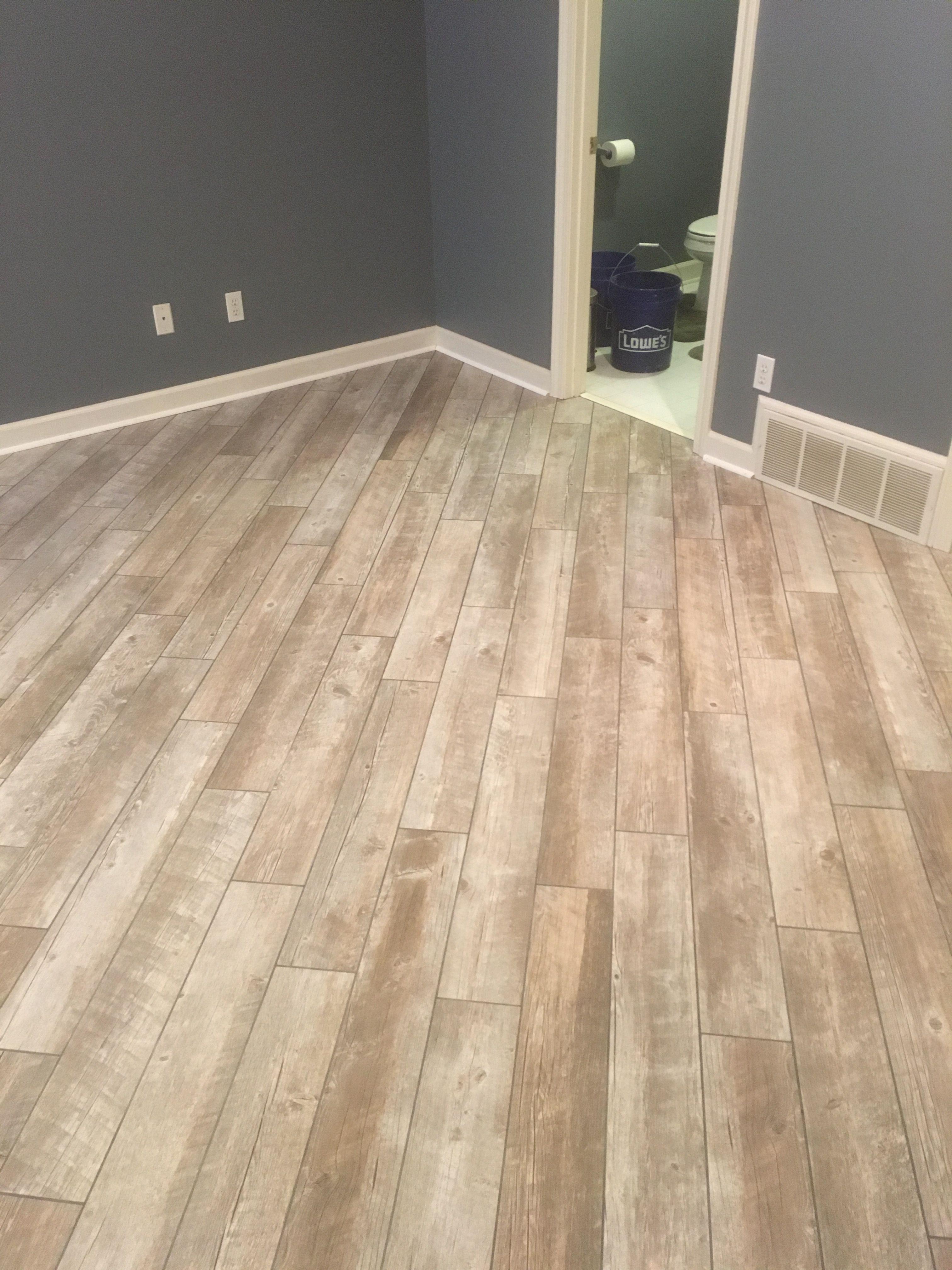 Flooring Laminate Hardwood Contractor Memphis Tn Flooring Floor Installation Flooring Contractor