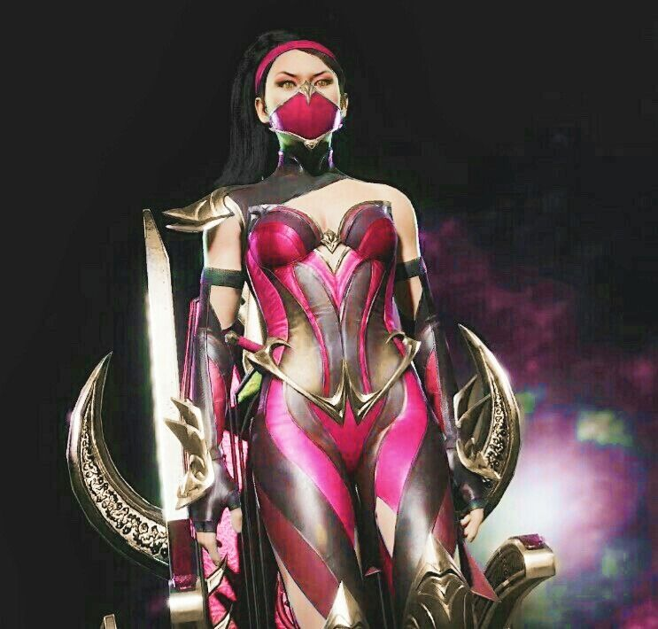 Mileena Clone of Kitana Mortal Kombat Fighting Video Game Women Costume