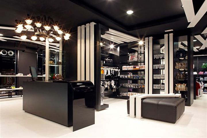 Lapoma Lapera Store By Jordivayreda Empuriabrava Black And