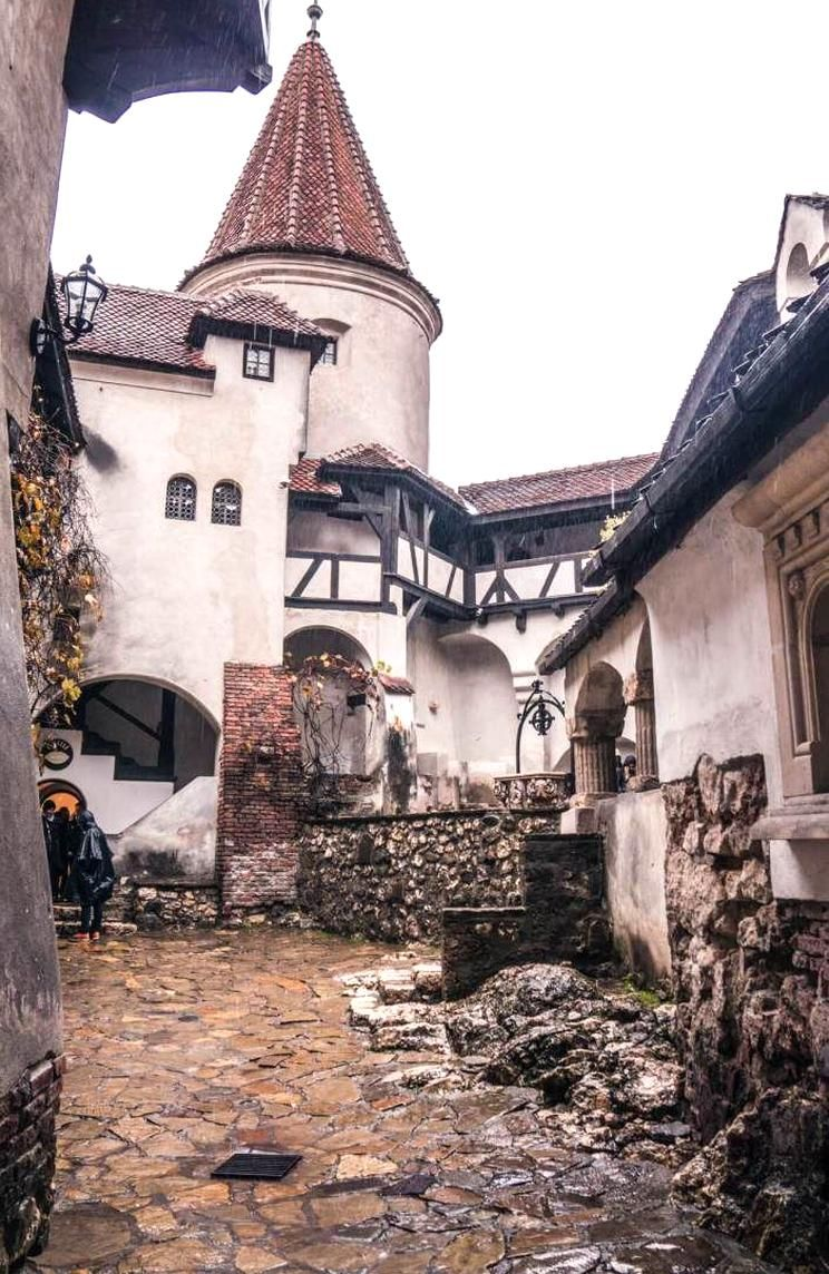 A Visit To Draculas Castle Bran Castle In Bran Transylvania Romania An Easy Day Trip From Brasov Places To Travel Romania Travel Europe Travel