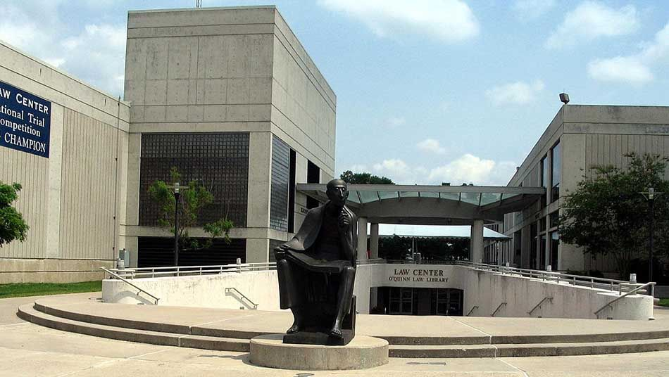List Of Best Law Colleges In Texas Texas Law Law School University Of Houston