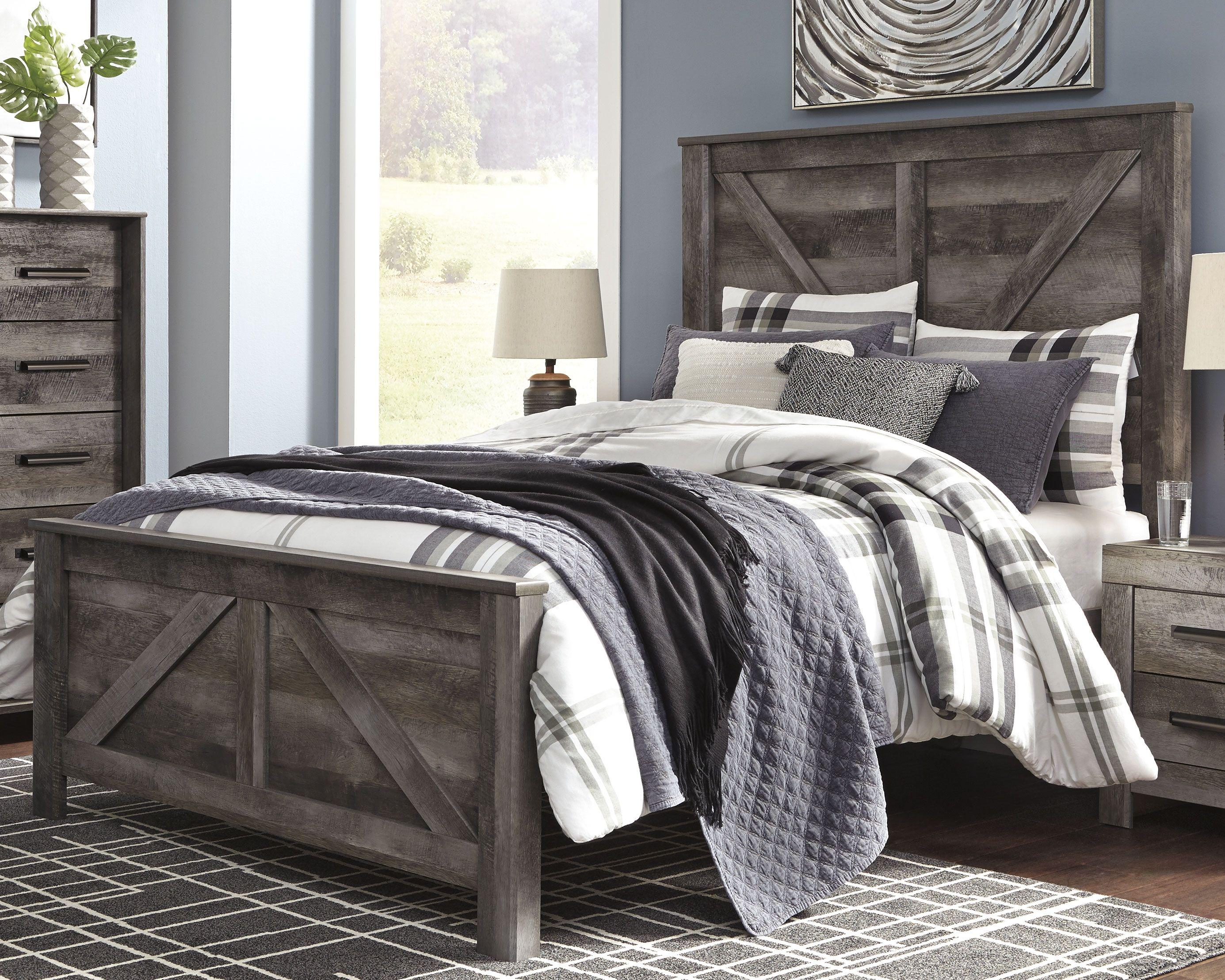Wynnlow Queen Crossbuck Panel Bed Panel Headboard Panel Bed