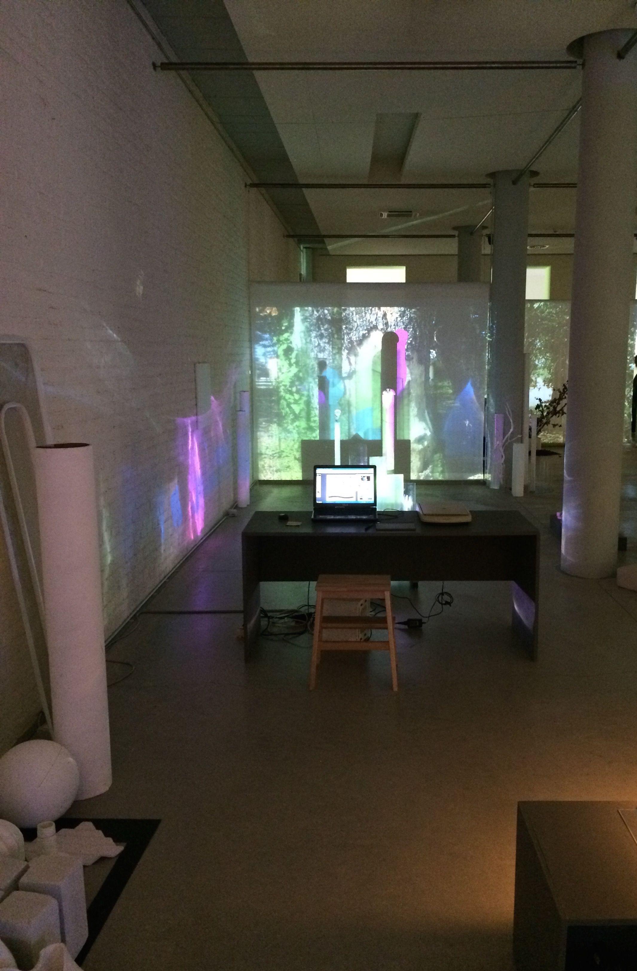 Kinderwelten gestalten reggio emilia light beamer light for Raumgestaltung licht