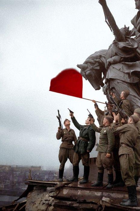Ρώσοι στρατιώτες στο Βερολίνο, 1945