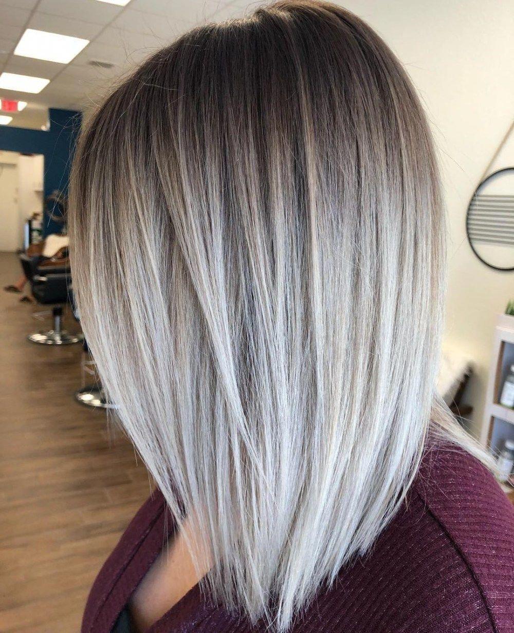 Very Stylish Blonde Balayage Short Hair Blondebalayageshorthair Medium Length Hair Styles Blonde Hair With Roots Hairstyles For Thin Hair