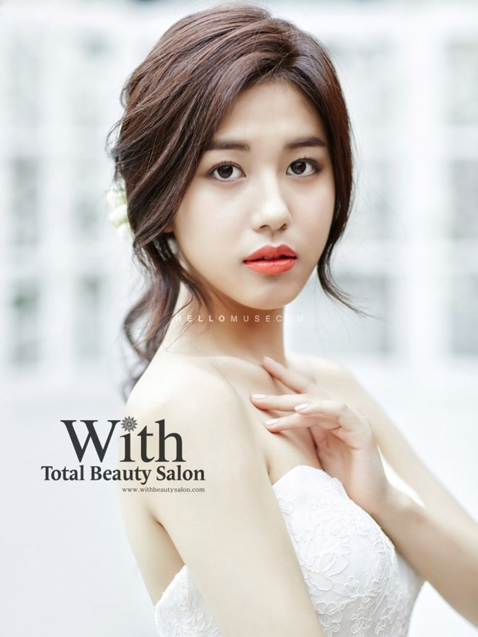 With Beauty salon in Korea, Korean style wedding make-up, Korean ...