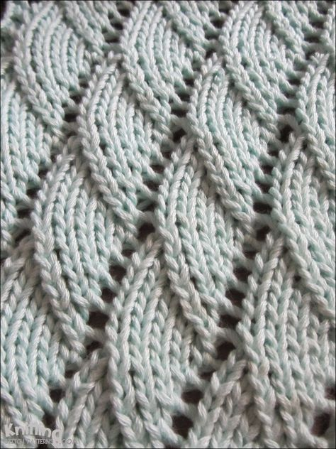 Overlapping Waves Stitch Is A 10 Row Repeat And Is Knitted In A