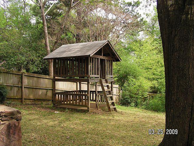 The 25+ best Backyard fort ideas on Pinterest | Outdoor ...