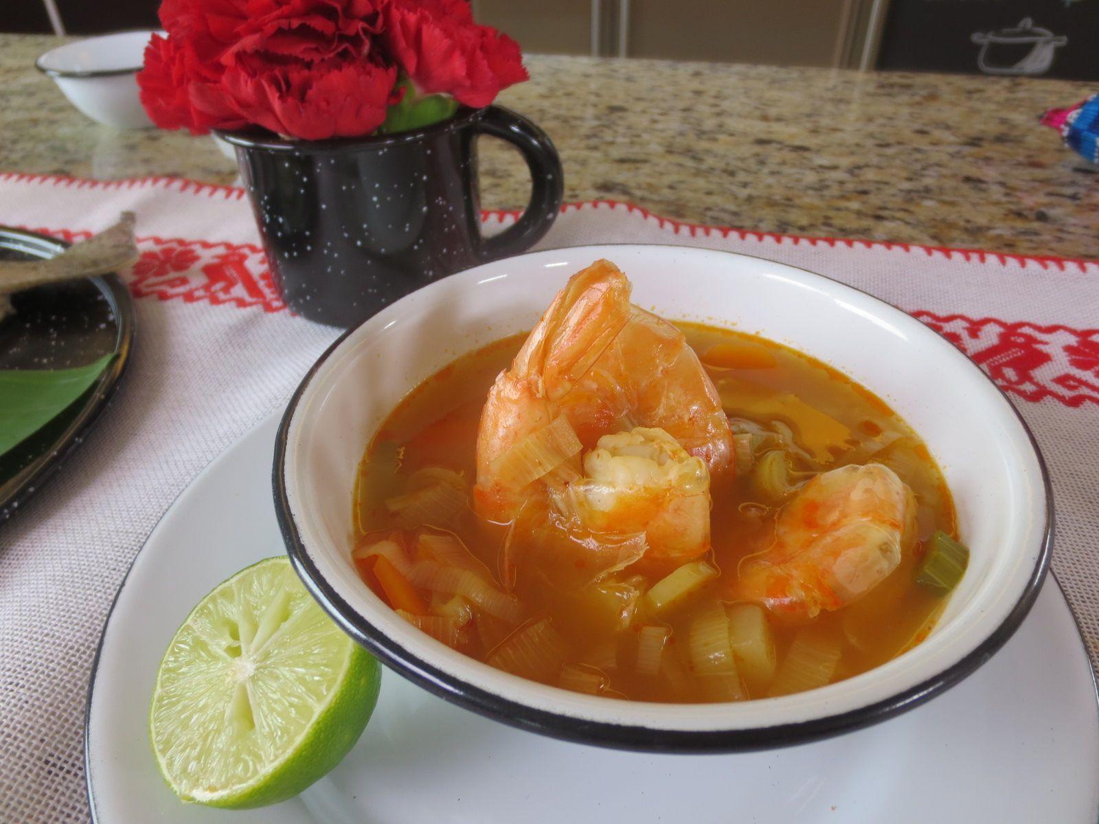 Caldo de Camarón Programa Tu Cocina - Cuarta Temporada Graciela Montaño
