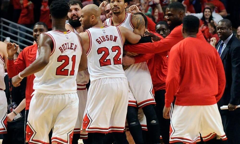 2fc46e3acbf Today In Bulls History  Derrick Rose Buzzer Beater Sinks Cavs ...