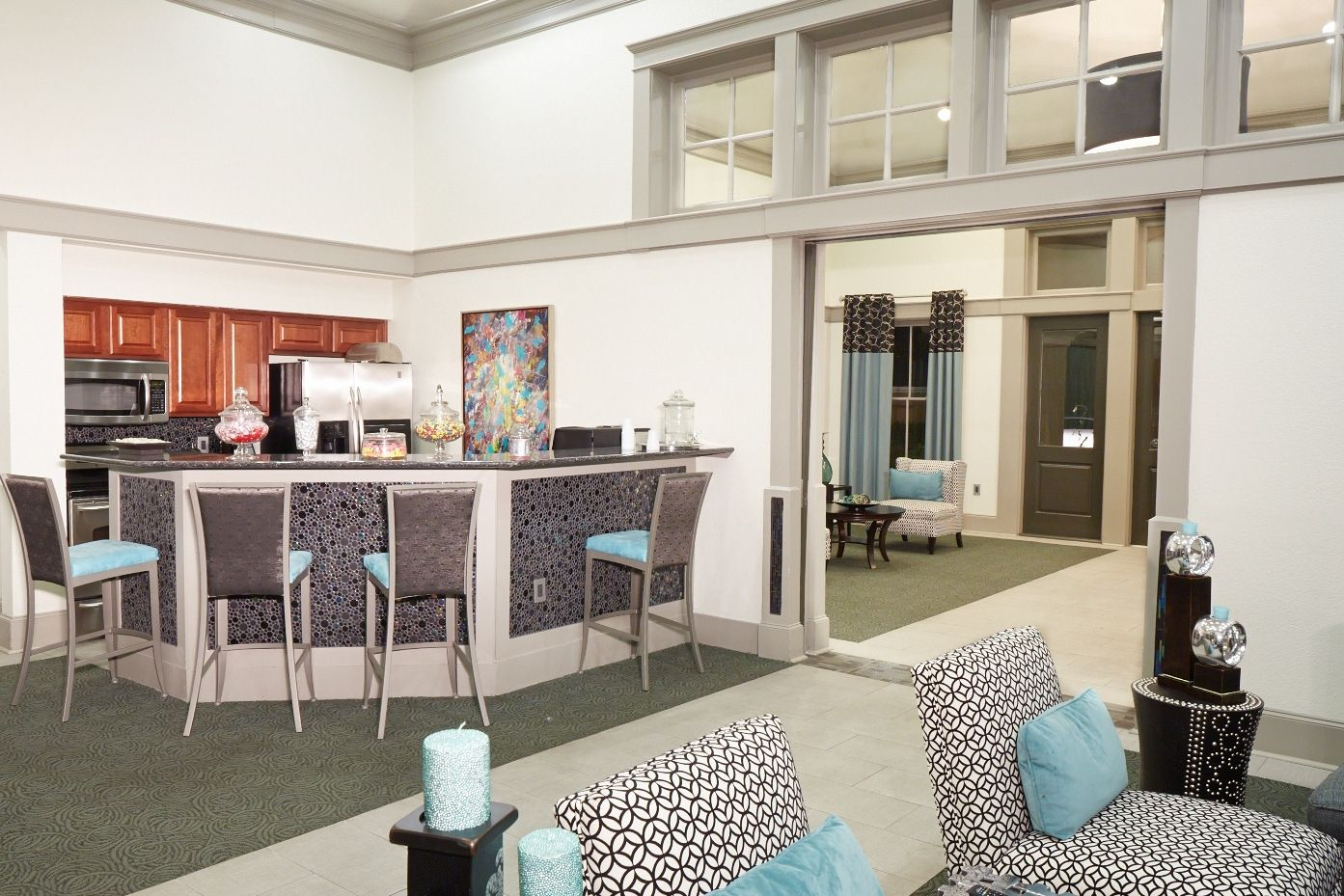 Atera Apartments Relax in our clubhouse and choose from