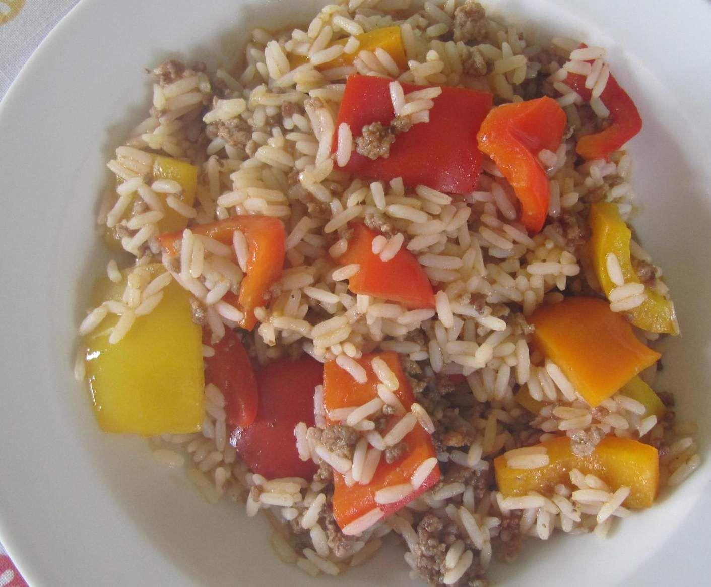 Rezept Hackfleischtopf mit Reis und Paprika von nikola2104 - Rezept der Kategorie Hauptgerichte mit Fleisch